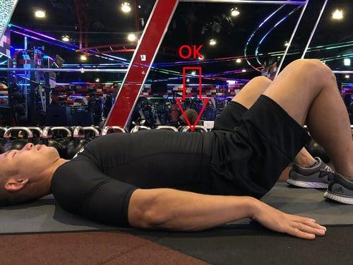 腹肌正確姿勢,腹肌適當位置,訓練過程中保持肌肉適當長度位置後控制腹肌去收縮。