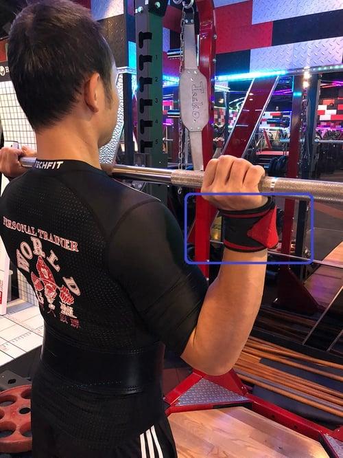 護腕使用可以增加支撐跟穩定
