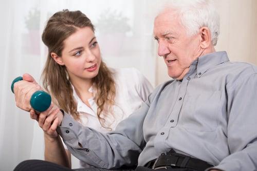 重訓習慣和適度運動,可以讓身體變更強壯,也能讓平衡感變好;特別是銀髮族,更需要重訓,因為研究顯示,人從50歲開始,肌肉量會大幅下降,跌倒的發生機率也跟著變高,為了晚年維持生活自理能力,重訓很重要!