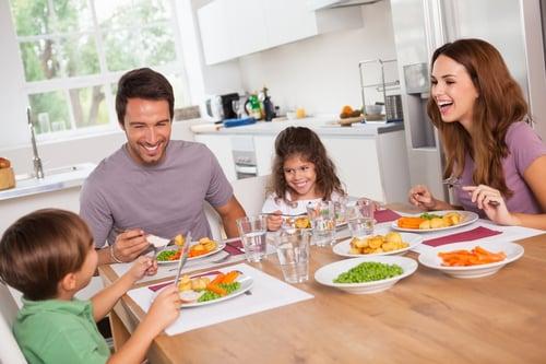 晚餐要避免油鹽重口味,減少身體負擔