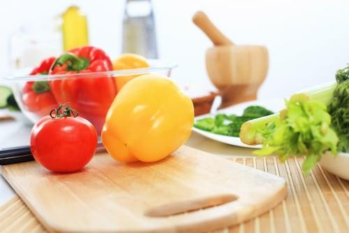 深綠色/紅黃色蔬菜