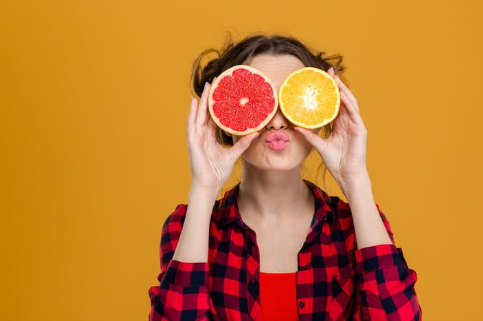 水果含大量果糖 勿過量 吃水果乾更容易變胖 水果乾含大量糖與添加物