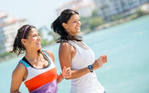 當你有很積極的情緒出現,例如:健身要達到目標或是追求某個人…等,這時候多巴胺就容易大量分泌,因為它是一種引起慾望的神經遞質,換句話說,濃度低下心情也會跟著走下坡。