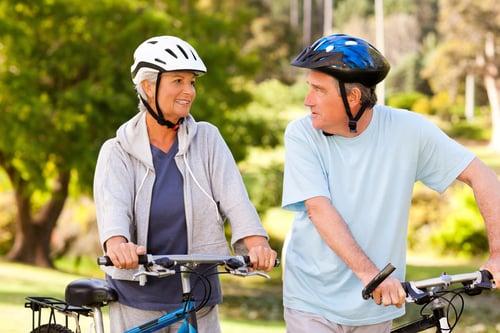 健康老化不是說5、60歲要和十幾歲年輕小夥子的狀態一樣,而是要在這年紀過上最棒的生活,想想看努力大半輩子,好不容易有錢有閒可以做自己想做的事情,卻被身體拖累什麼都做不了,那真的很可惜啊~所以下面10個健康老化的方法快筆記起來吧!