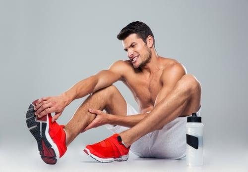 對經常運動的人來說肌肉痠痛是家常便飯,為了趕快緩解不適、排除乳酸,大多數人會用按摩、熱敷…等方式,但,如果這痠痛的原因不是乳酸呢?知道正確答案之前,首先來了解乳酸是什麼。