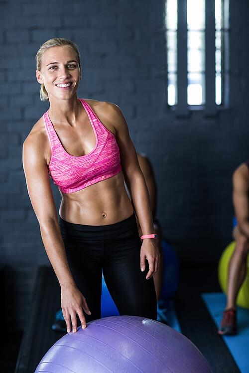 第一次上健身房的女生,推薦的器材。
