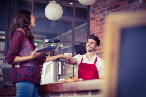 你是星巴克鐵粉嗎?或是每到買一送一時,總要去星巴克朝聖呢?愛喝咖啡、沒有錯,但如果你正值減肥期,麻煩~點餐時一定要戒掉這5件事,免得卡路里超標、減肥破功!