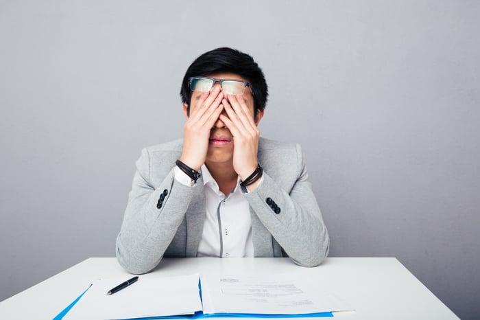 眼皮跳 3C不離身的人  失眠 頭痛 心律不整 鎂