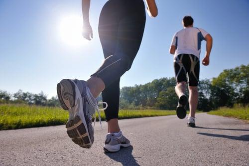 路跑風氣不退燒!但無論你是剛開始接觸跑步或是單純喜歡跑步,路跑前的準備工作,除了保持一顆炙熱的心,還有這5大訓練計畫!
