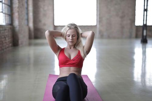 什麼時候運動,效果最好?首推早上起床後,甚至有人加碼推薦,早上加上空腹,運動會讓瘦身效果更加倍,真的嗎?依照早上、中午、晚上的時段,小編來為大家解答,這些時間運動的優缺點。