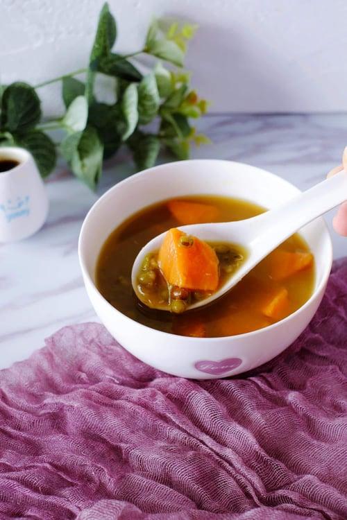 綠豆地瓜湯