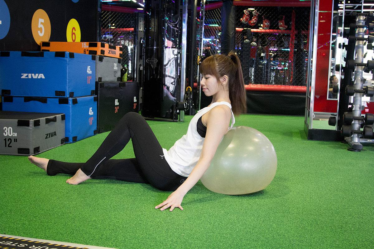 World Gym瑜珈球器材