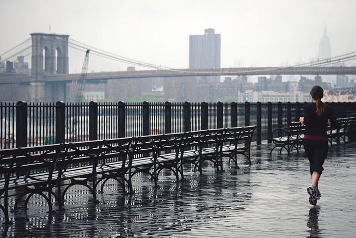 下雨天可以跑步嗎?掌握三件事風雨無阻享樂趣