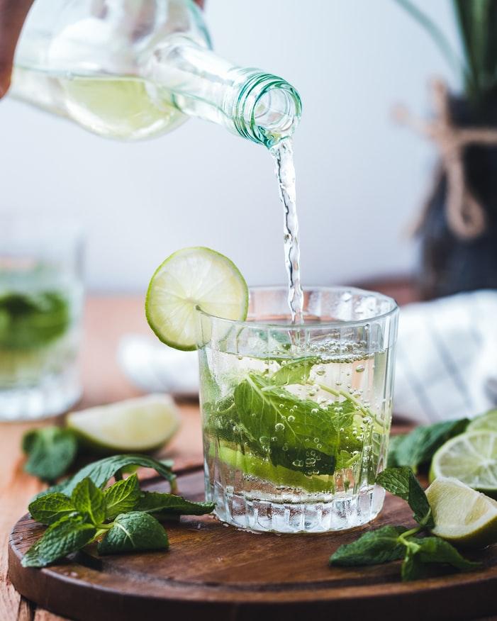 討厭喝水沒味道?加這5樣 讓你愛上多喝水的fu2