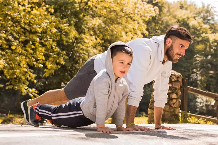 陪孩子玩也能健身!?6大親子運動讓孩子更愛你