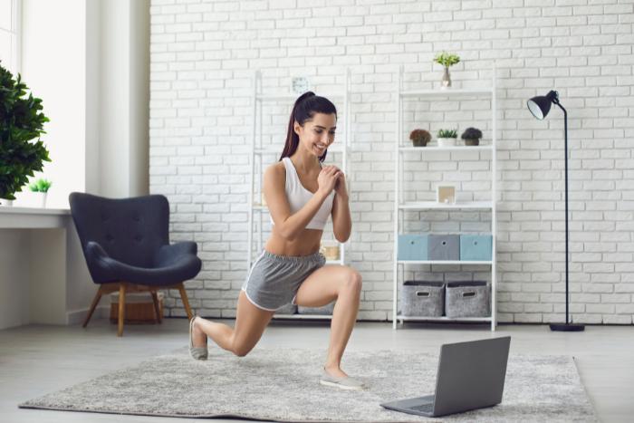 4個徒手動作學起來 在家就能提升肌耐力、燃脂效率