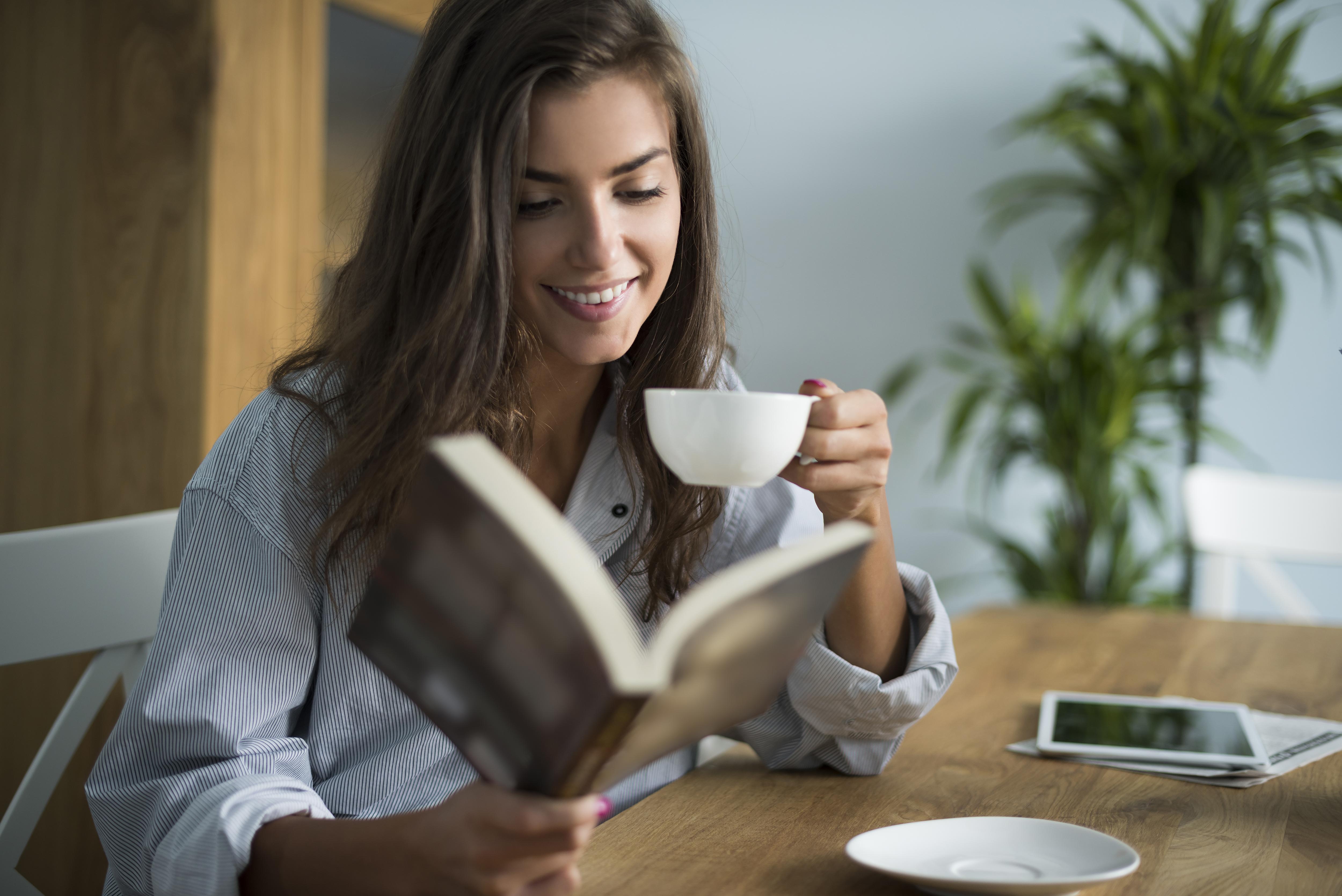 漆黑得像魔鬼、甜蜜得像愛情?快提醒身邊的咖啡愛好者,小心咖啡因過量了!