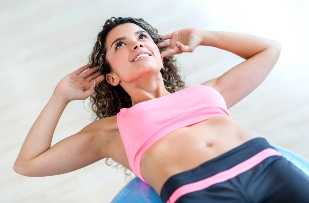 比仰臥起坐更有效 捲腹虐肌訓練