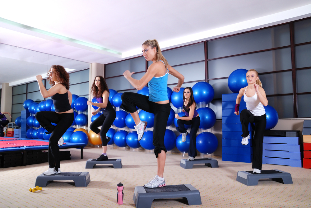group of girls stepping in a fitness club-1